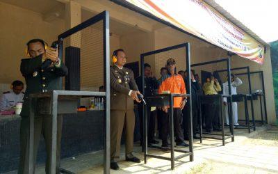 Forpimda Kabupaten Bangkalan mengikuti latihan menembak di Mapolres Bangkalan.