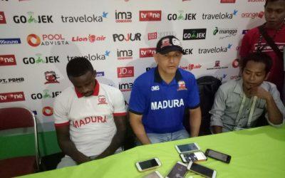 Konpers Madura United setelah memastikan menjadi juara paruh musim