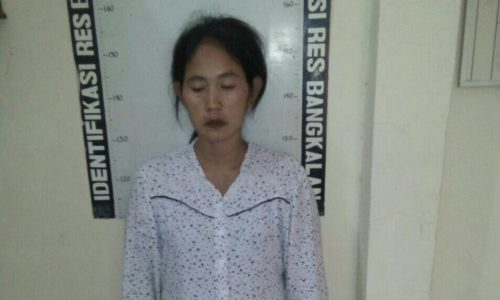 HT (34) warga Jalan Merpati Kelurahan Kranggan Sampang,